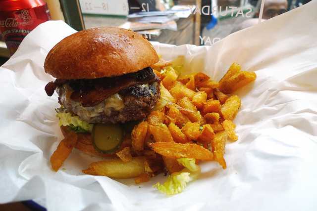 Ten Best Places To Eat In London According To Canadian Students