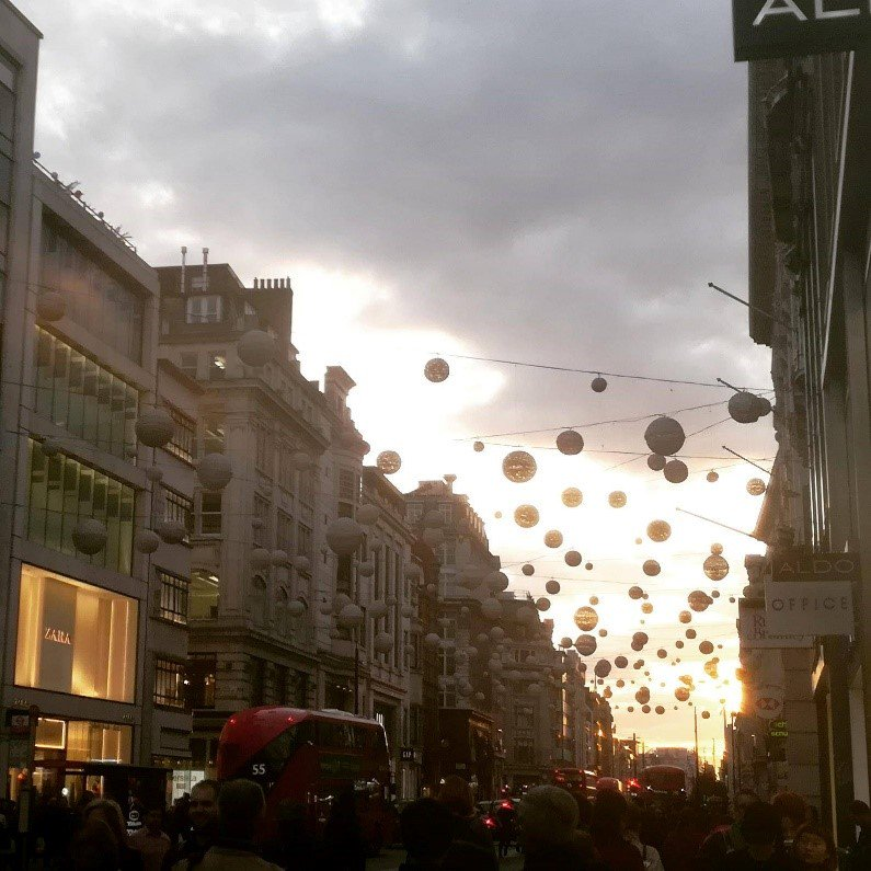 Oxford St at Sunset Loleini.jpg