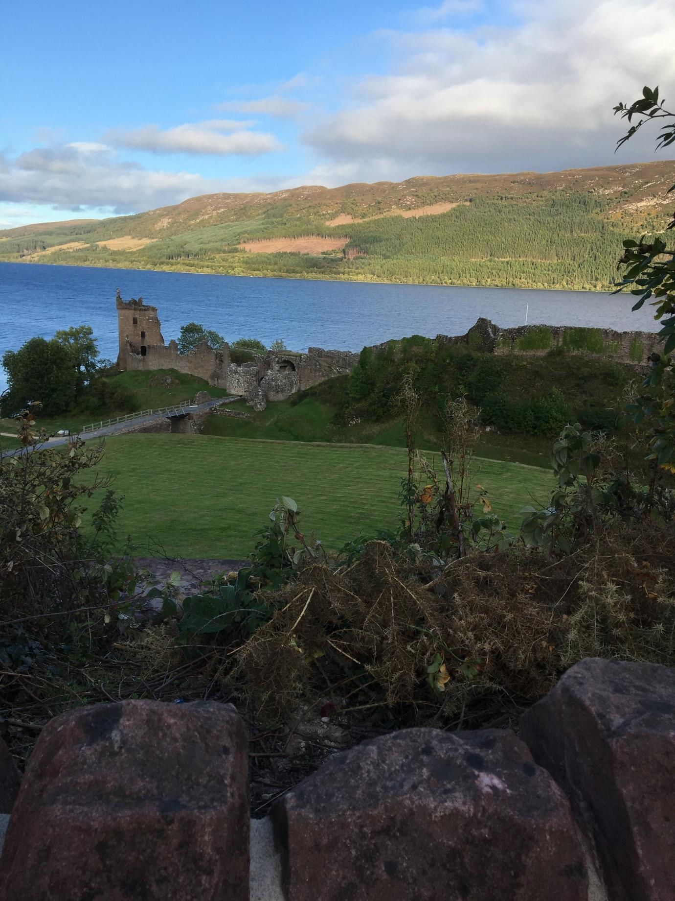 (Urquhart Castle and Loch Ness)