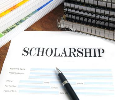 Canada student scholarships across the pond